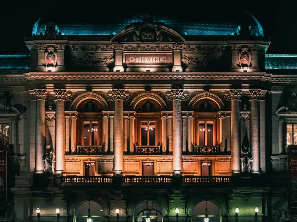 Ticketing System for Opera Houses
